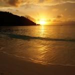 Zapad slnka na Petite Anse