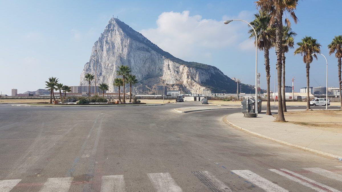 Gibraltárska skala z La Liney